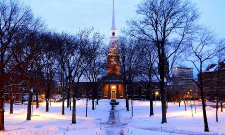 harvard-university-yard-memorial-hall-how-to-get-into-harvard